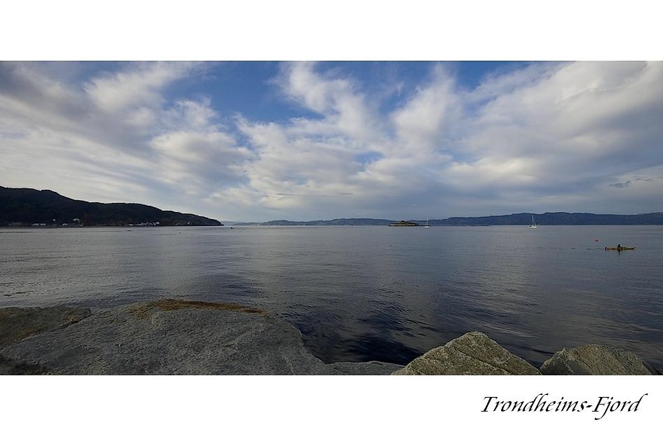 Fjord mit Insel Munkholmen