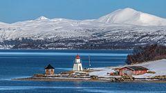 FJORDLANDSCHAFT bei Finnsnes/Troms (NOR)