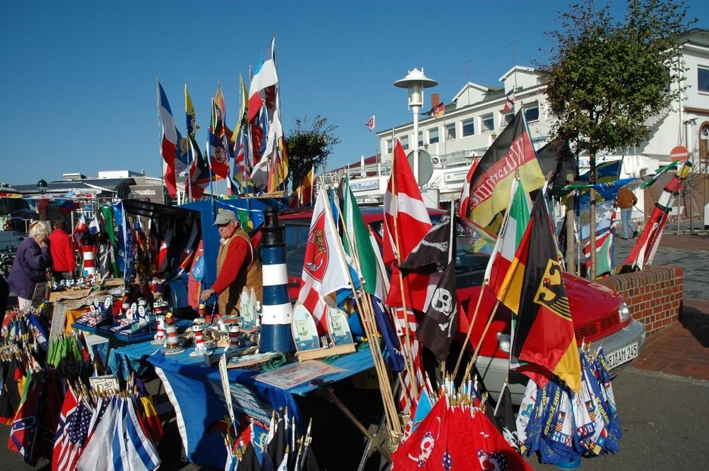 """""""Flaggenparade"""" Hafen Büsum"""