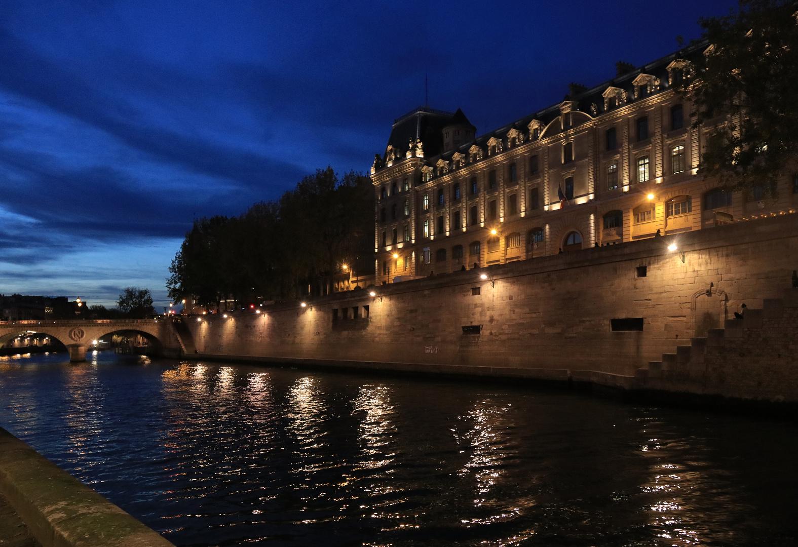 Flanierufer an der Seine