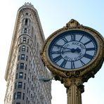 Flatiron Building und Uhr