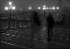 Fleißige Nebelgestalten