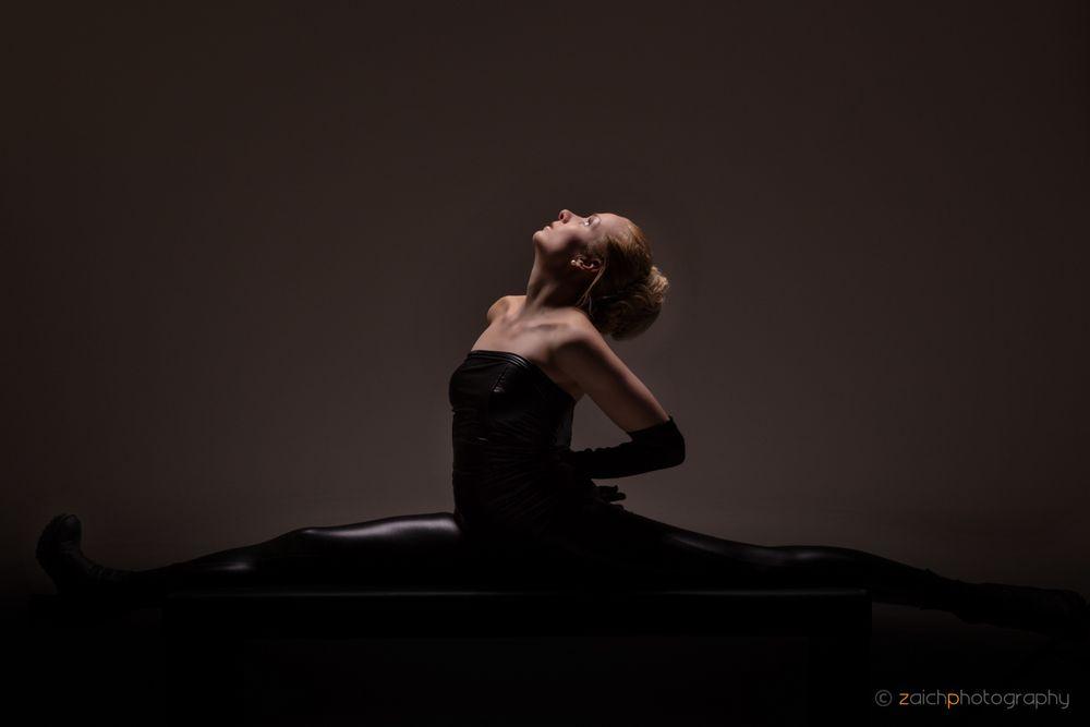flexible woman II