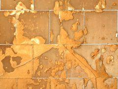 Fliesen, vom Meerwasser ruiniert   /   mattonelle, demolite dall'acqua marina (1)