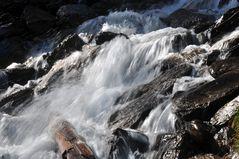 Fließend Wasser