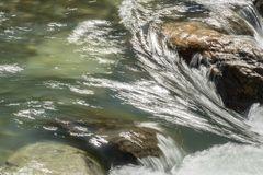 Fliessendes Wasser erzählt Geschichten 04