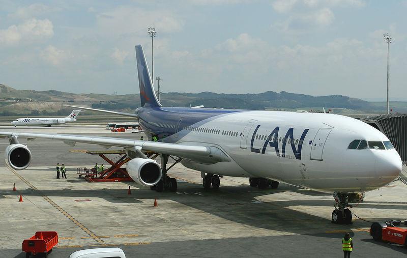 ....Flight LA 704 to Frankfurt is ready for boarding....