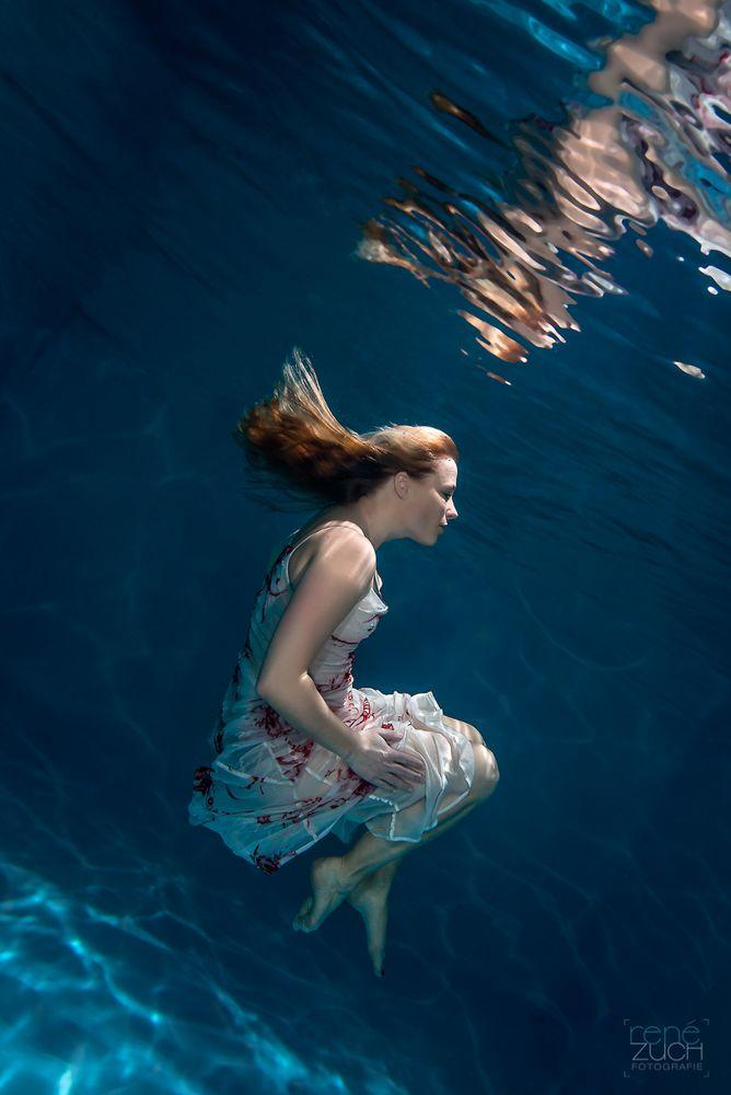 Floating II