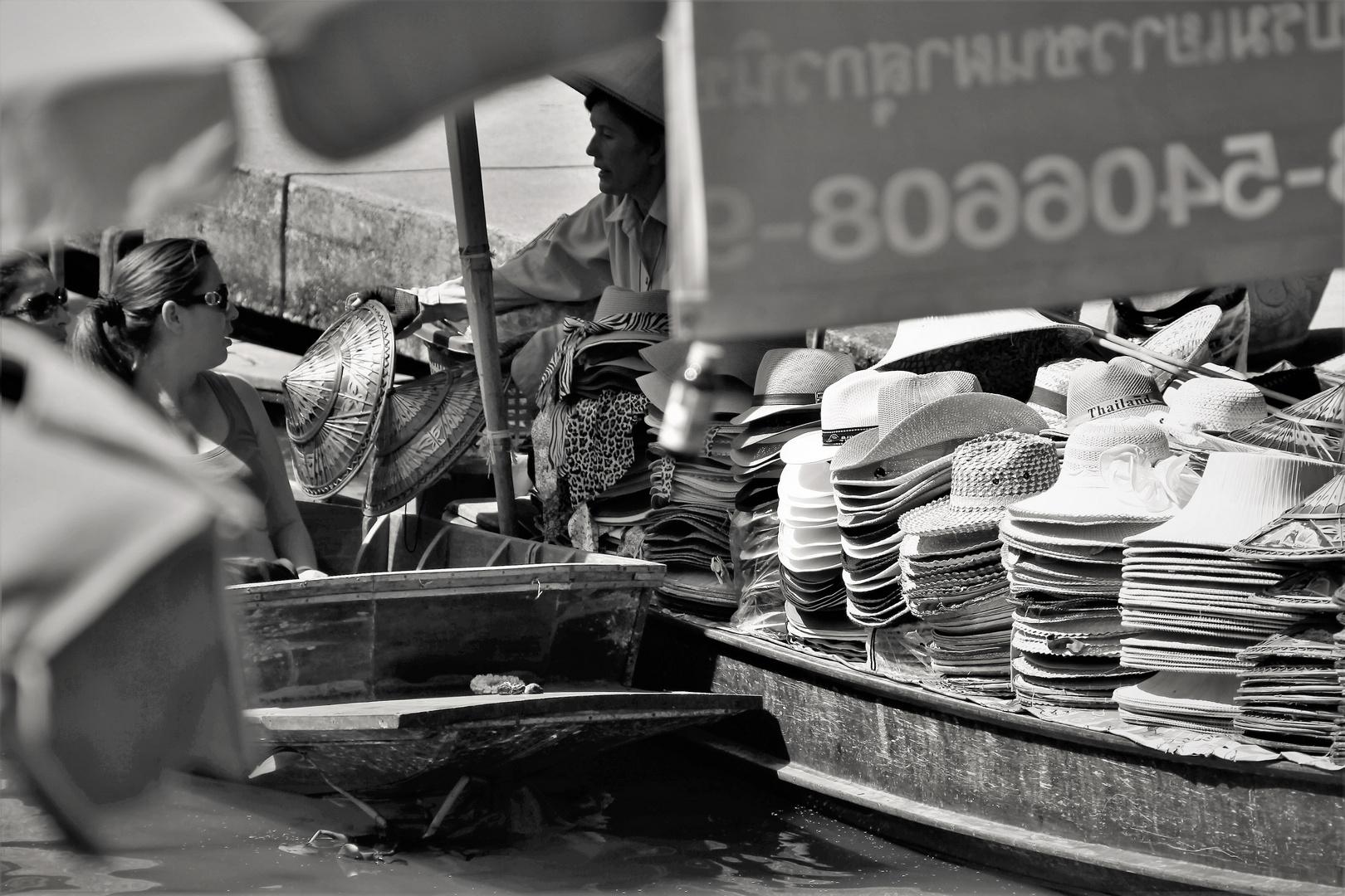 Floating market 3