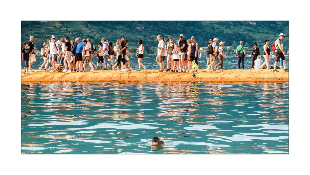 [floating piers 001]