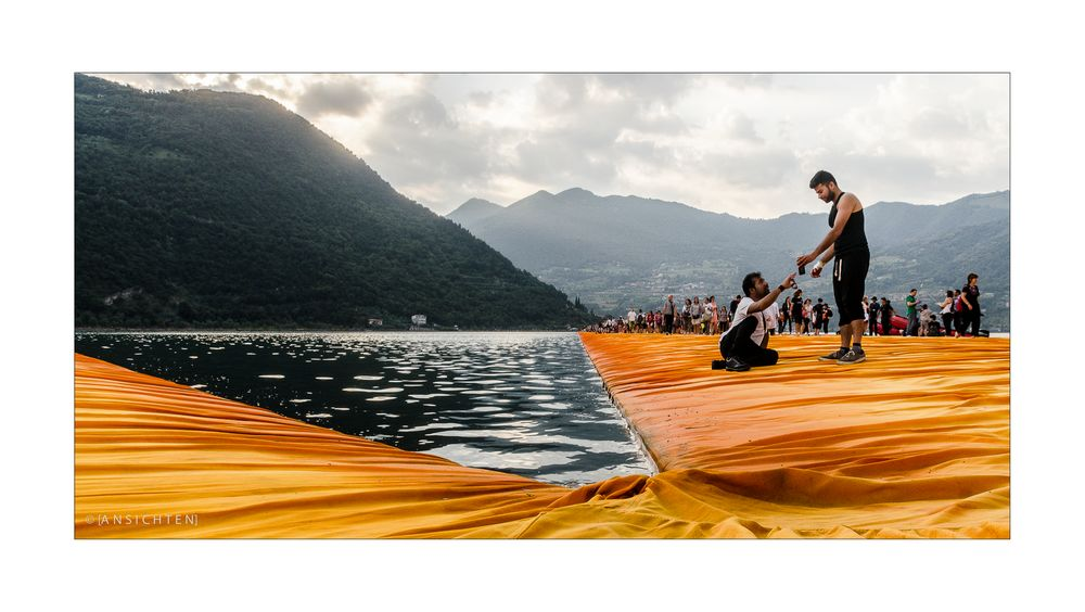 [floating piers 005 - triangles]