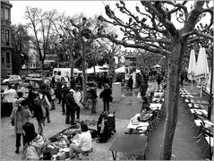 Flohmarkt - Gewusel