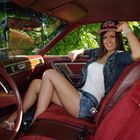 Flóra and the Chrysler cordoba