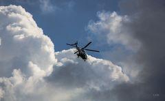 Flug in die Wolken