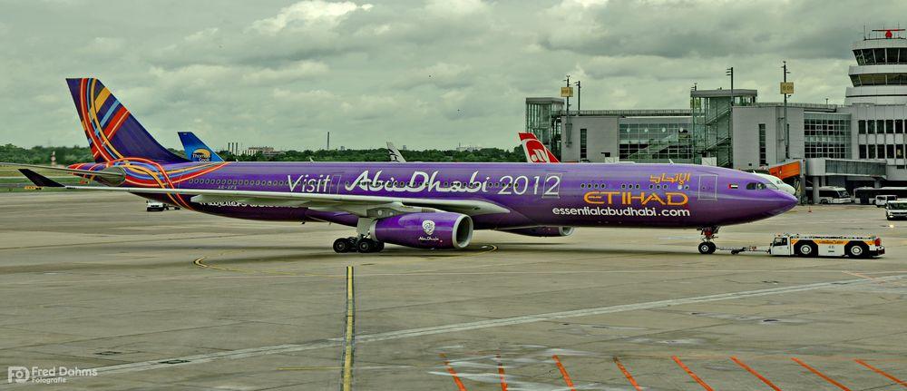 Flughafen Düsseldorf, Abu Dhabi 2012