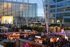 Flughafen München Airport Center Weihnachtsmarkt 2014 ........