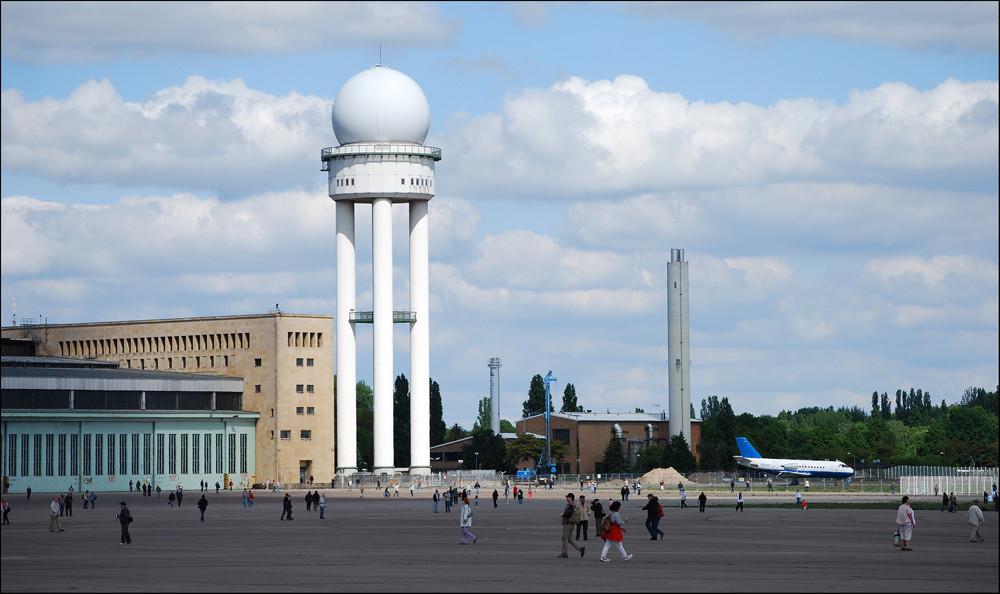 """"""" Flughafen Tempelhof """"  ( 4 )"""