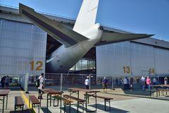 Flugzeug zu groß - oder Halle zu klein