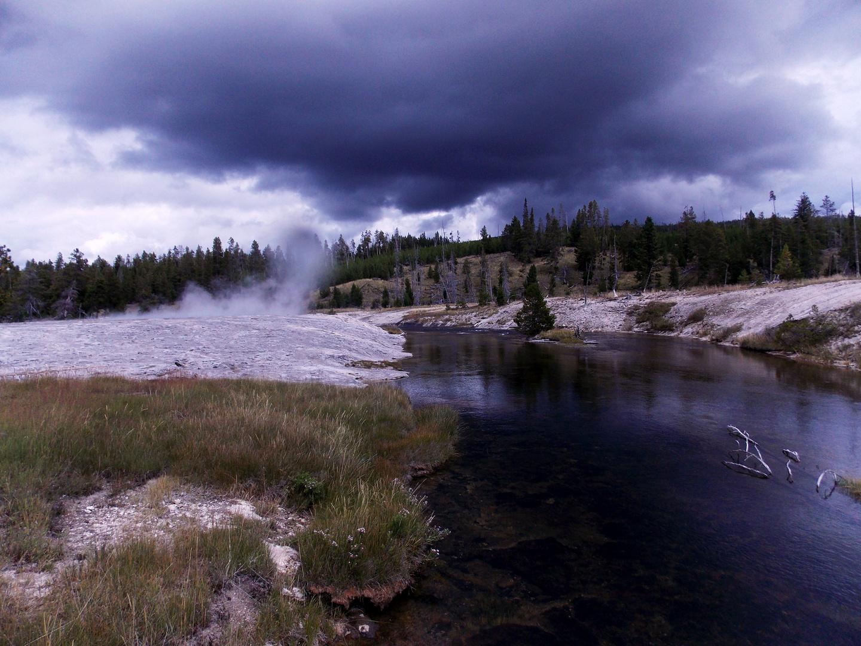 Fluß im Vulkangebiet