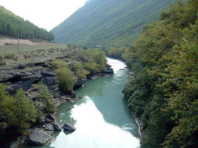 Fluss Vjosa in Albanien