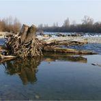 Flusslandschaft an den...