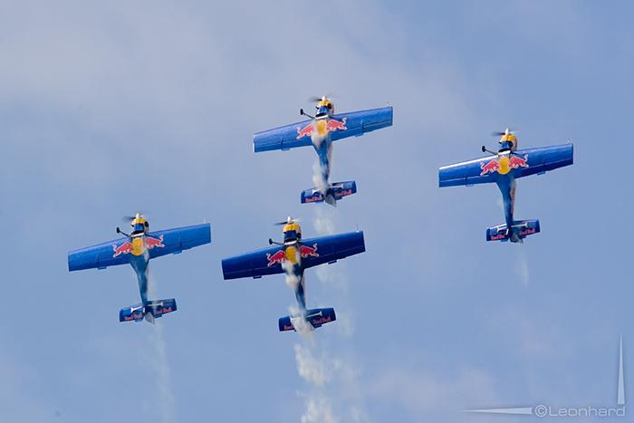 Flying display with Flying Bulls