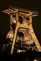 Förderturm der Zeche Zollverein II