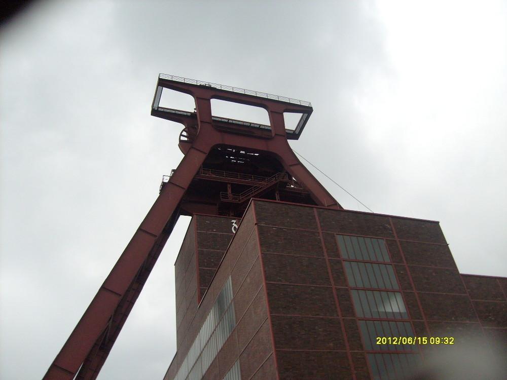 Förderturm schacht XII Zeche Zollverein