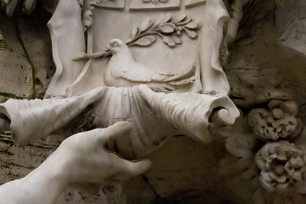Fontana dei Quattro Fiumi-Particolare