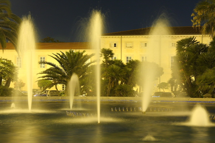 Fontana - Viareggio P.za Mazzini