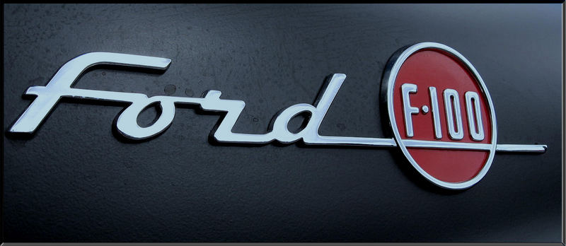 ... Ford F100 (2) ...