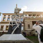 Foto - B. B fotografiert das Lenkdenkmal in Stgt +Schlichtung