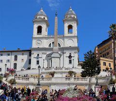 Foto classica di Trinità dei Monti...