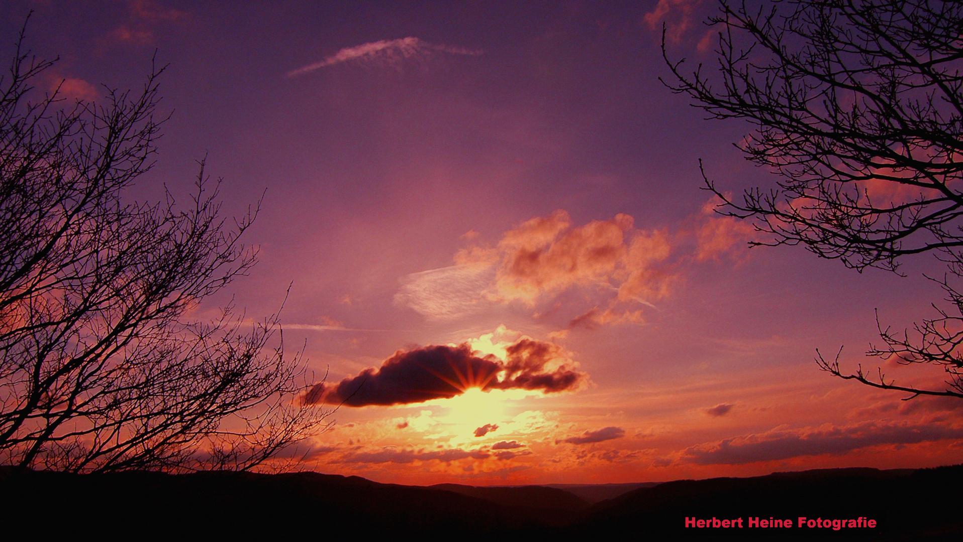 Foto Impressionen: Sonnenentergang, In der Eifel!