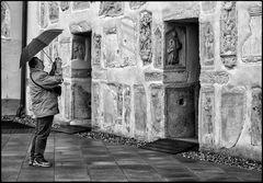 Fotograf auf Spurensuche in Schloss Seggau