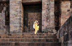 Fotografa in giallo