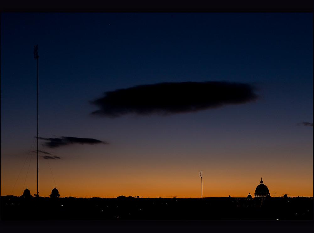 Fotoraduno Roma 5 - 5)...e sopra i tetti...cupole e antenne