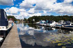 Fotowolken über dem Templiner Hafen