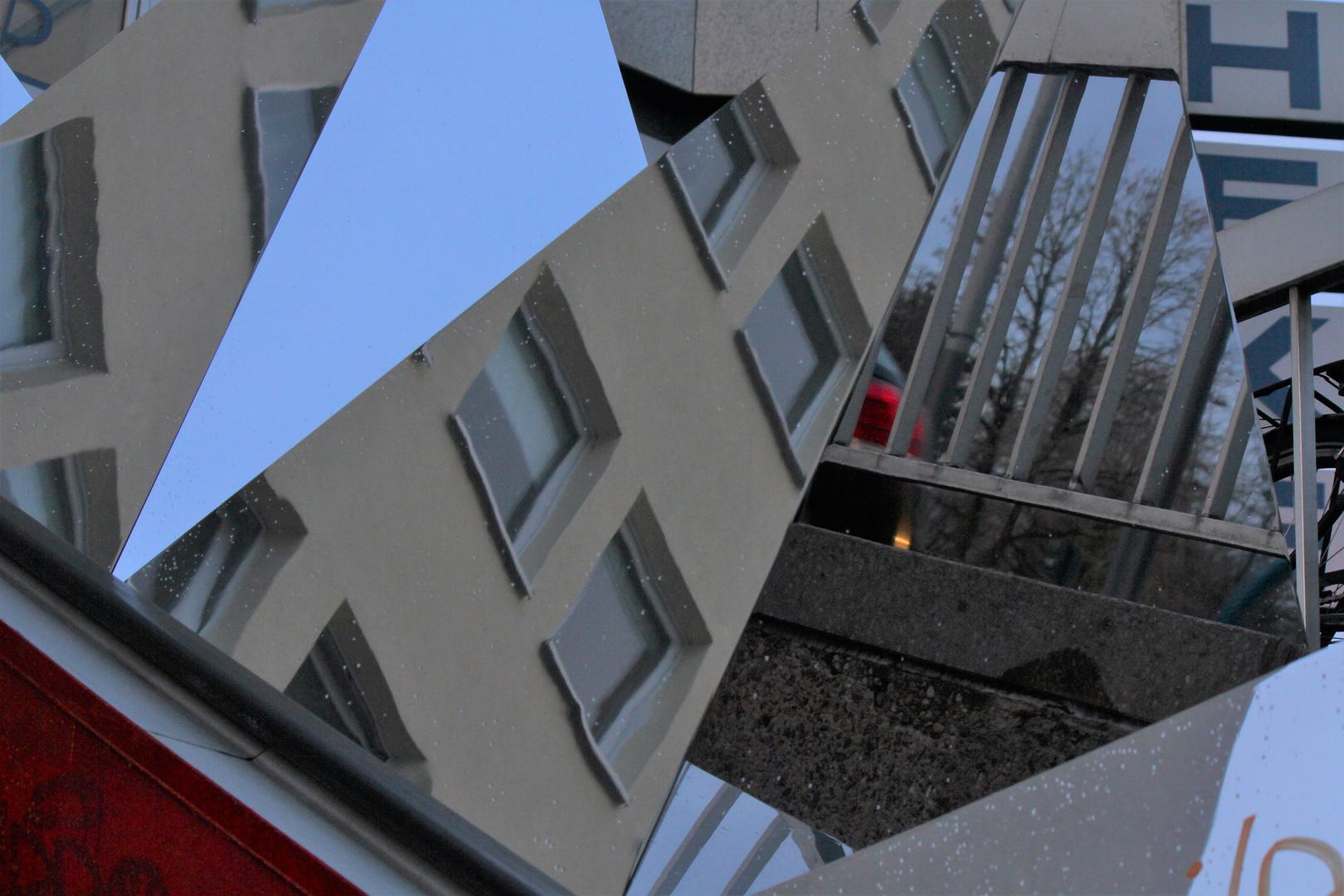Fragmented urbanity