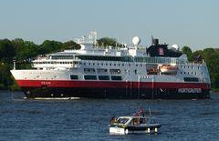 Fram - Hurtigroutenschiff