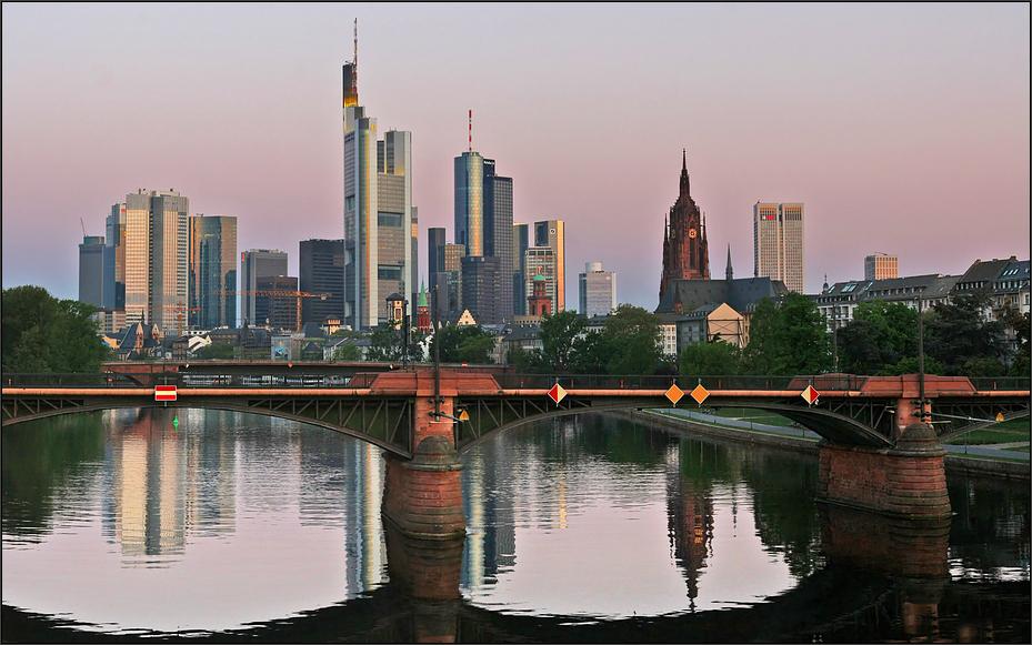 ** Frankfurt *