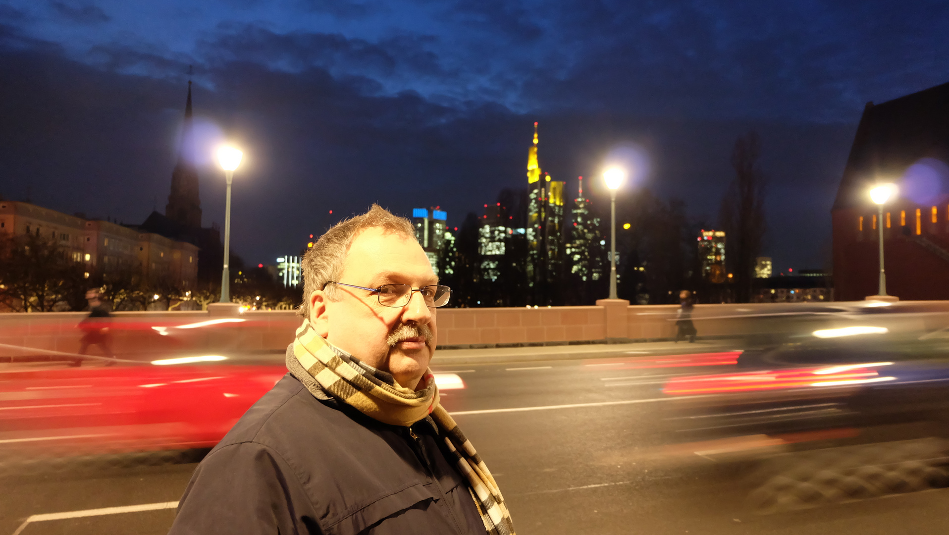 Frankfurt (3) , Selbstporträt und Skyline / Francfort, autoportrait et skyline