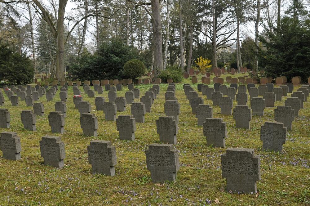 Frankfurt am Main, Hauptfriedhof: Kriegsopfer 01