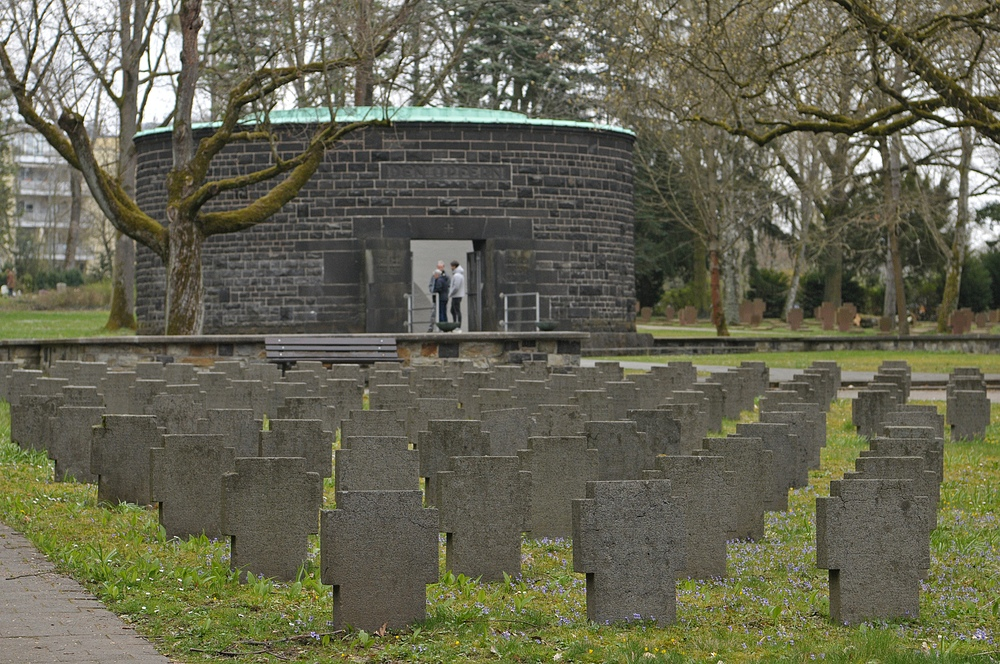 Frankfurt am Main, Hauptfriedhof: Kriegsopfer 03