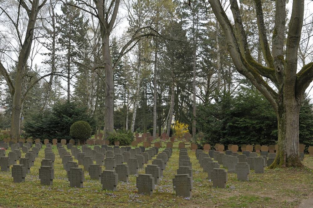 Frankfurt am Main, Hauptfriedhof: Kriegsopfer 04