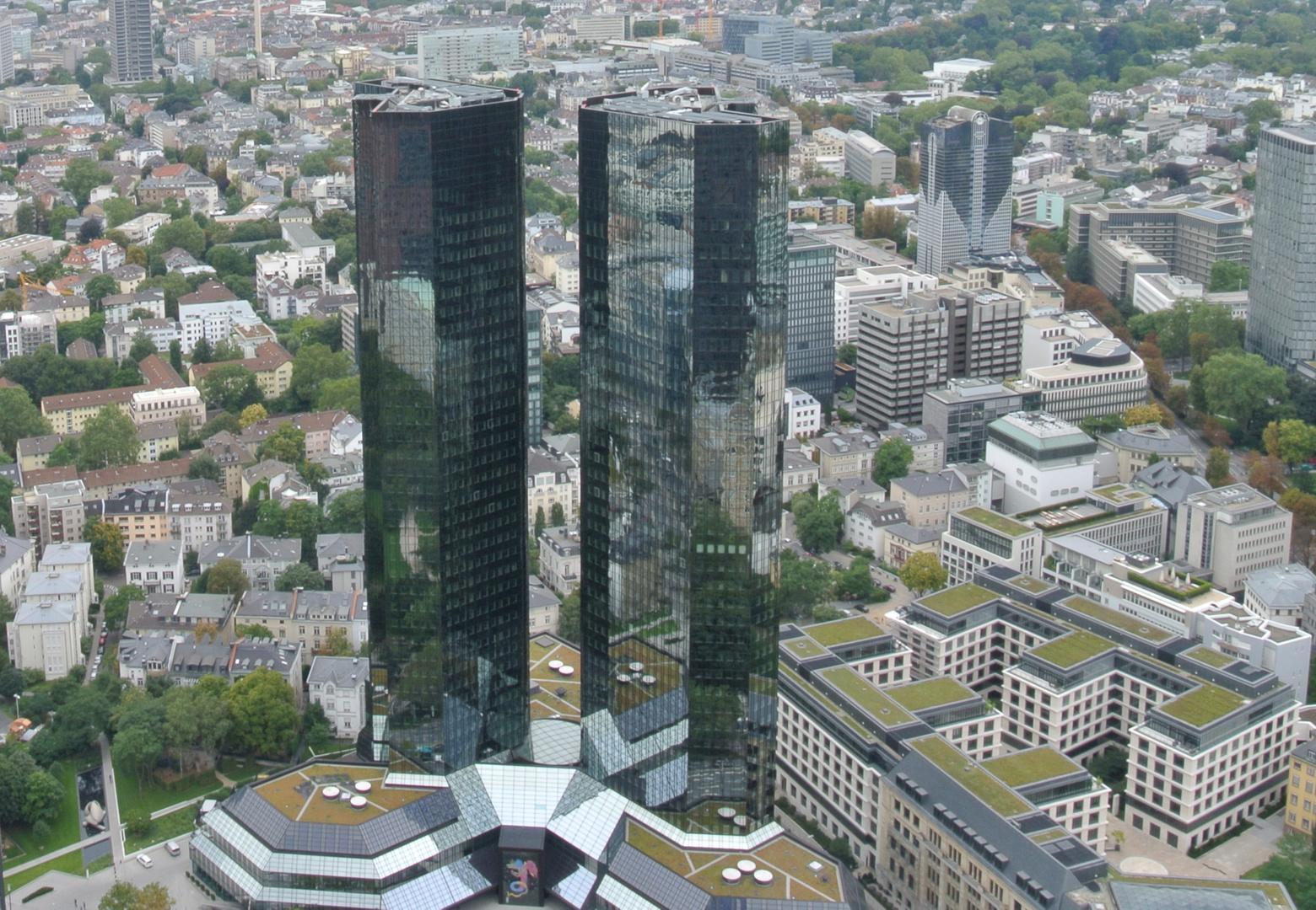 Frankfurt aufs Dach geschaut