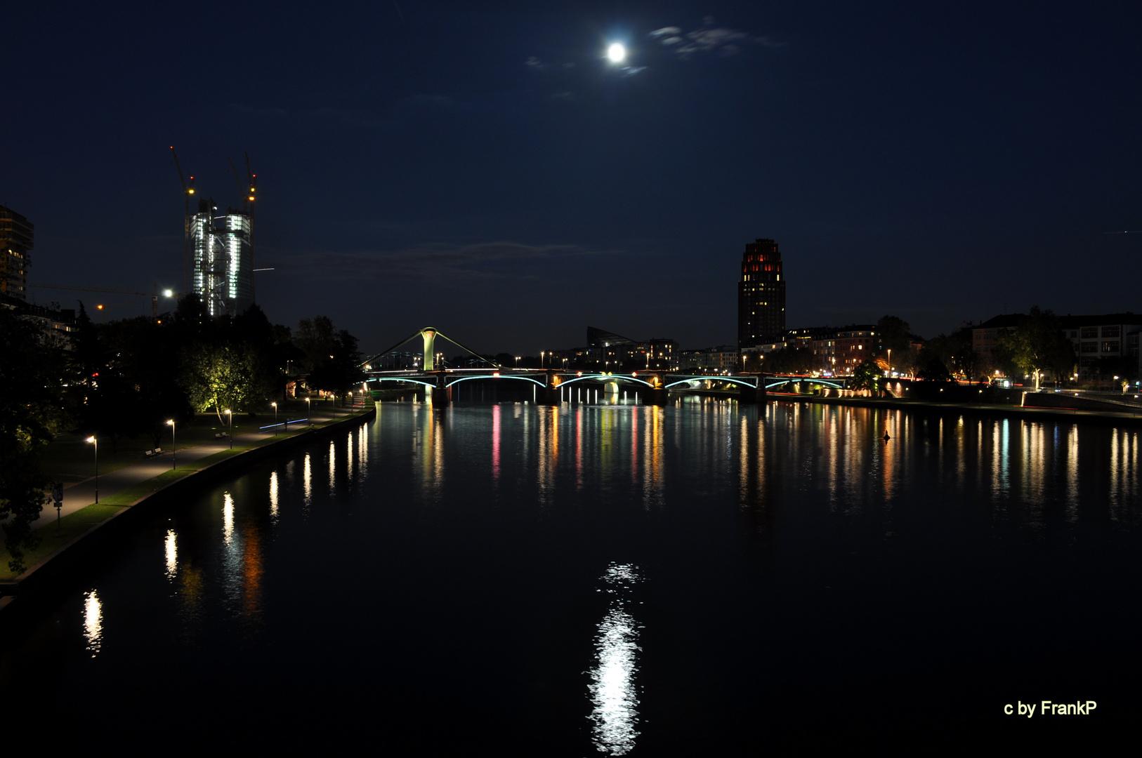 Frankfurt bei Nacht -1-
