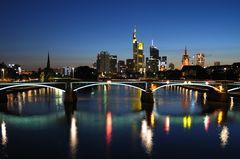 *Frankfurt bei Nacht 2*