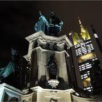 Frankfurt bei Nacht - alt und neu