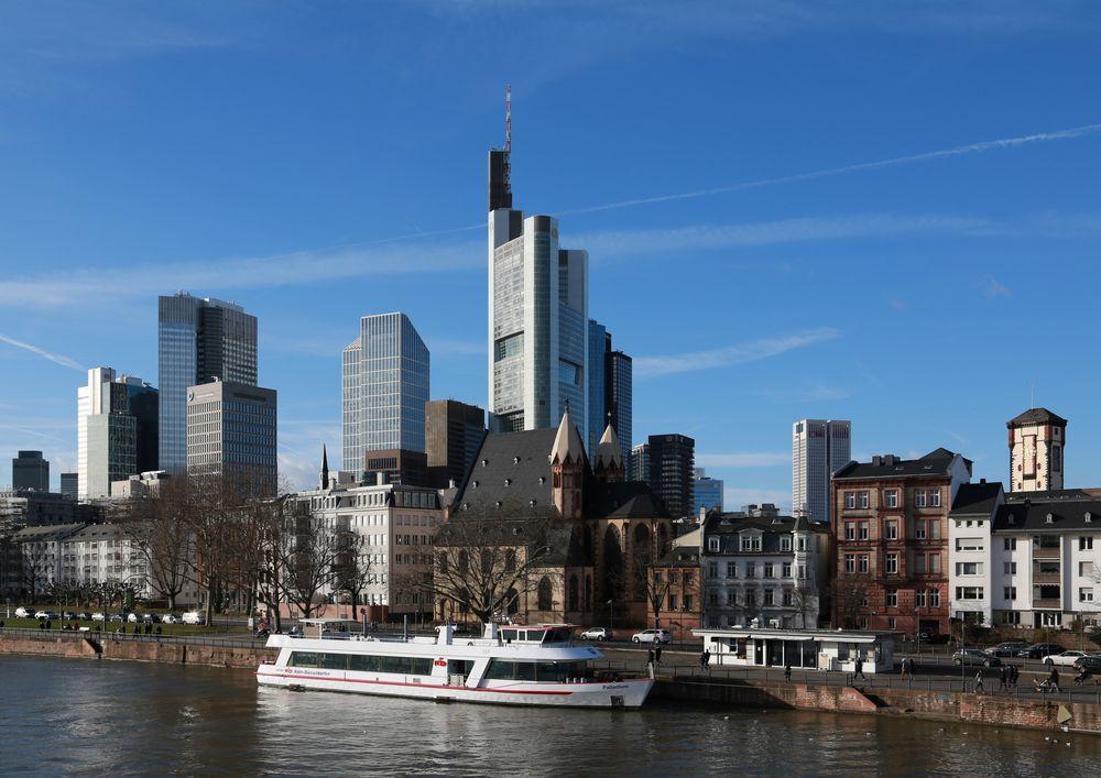 """Frankfurt - Blick vom Eisernen Steg auf """"Mainhattan"""""""
